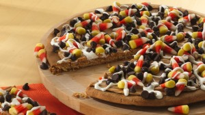 candy corn dessert pizza